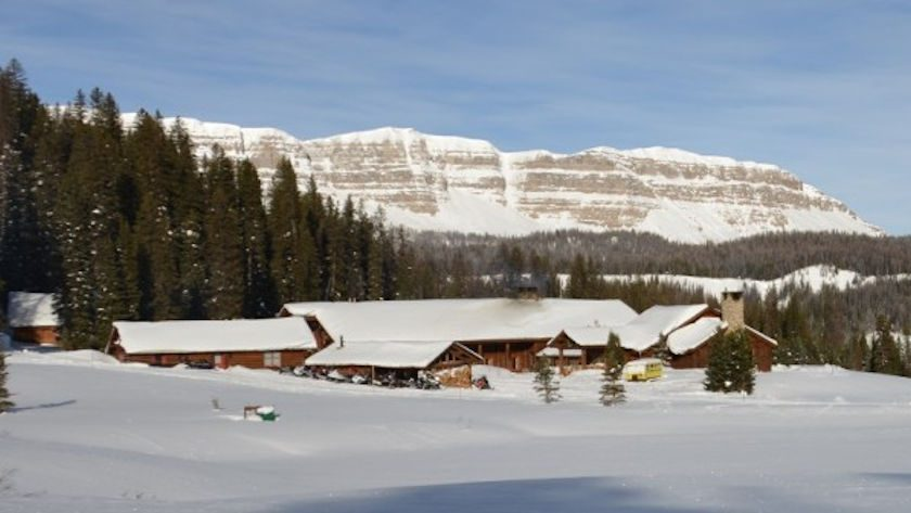 Brooks Lake Lodge winter