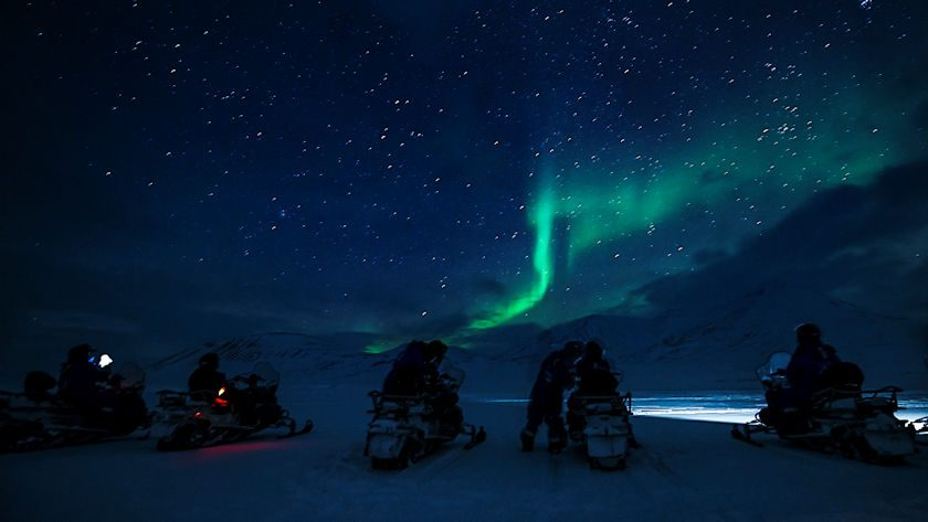 electric snowmobile northern lights